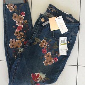 NWT Melissa McCarthy seven7 Jeans. Sz. 14